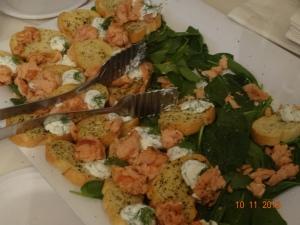 garlic bread w/ toppings