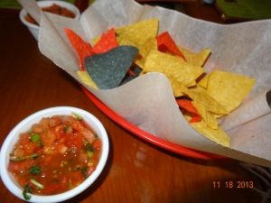 chips con salsa!