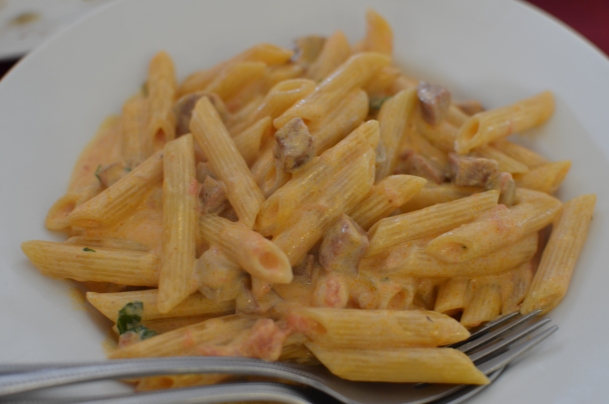 Javier's Penne con Salsiccie: Italian garlic sausage, mushrooms, tomatoes & cream