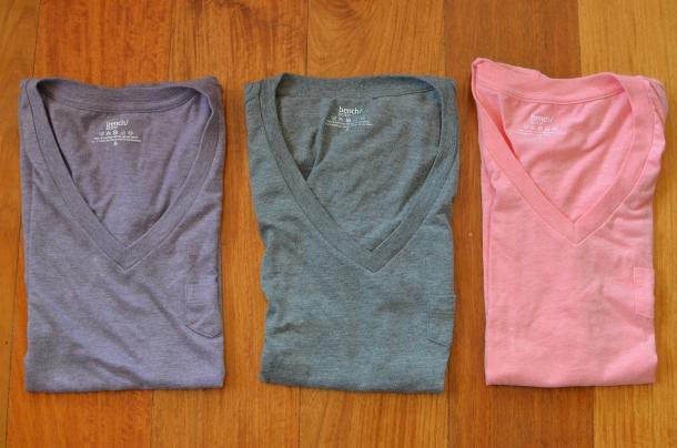 3 v-neck t-shirts
