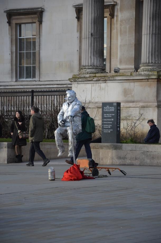 statue man!