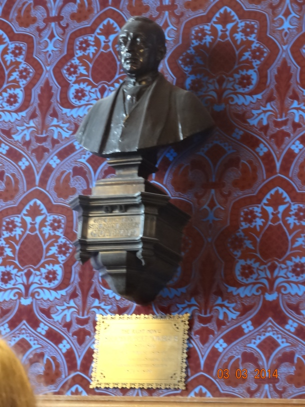 bust of The Right Honorable Sir John Robert Mowbray MP 1853-1899