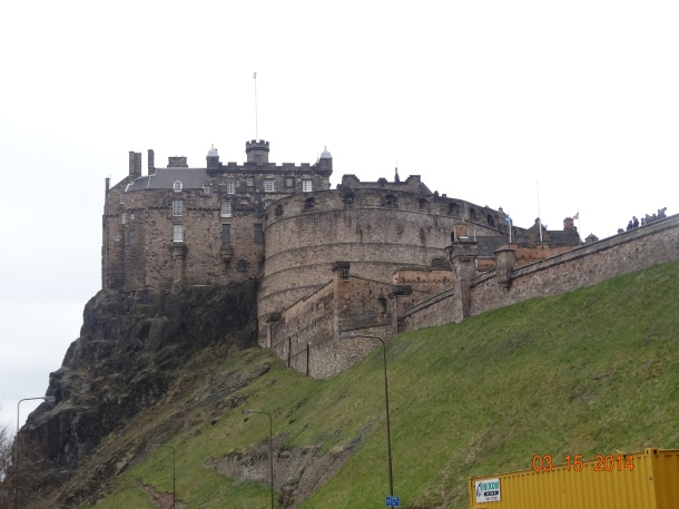 next-door neighbor, Edinburgh Castle!