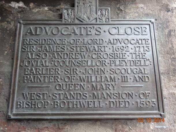 Advocate's Close