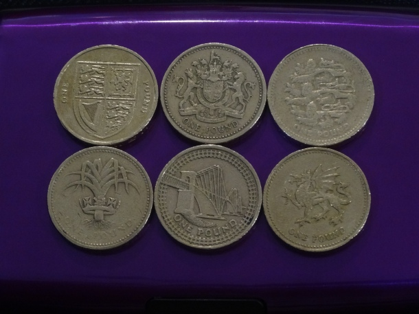 Scottish pound coins