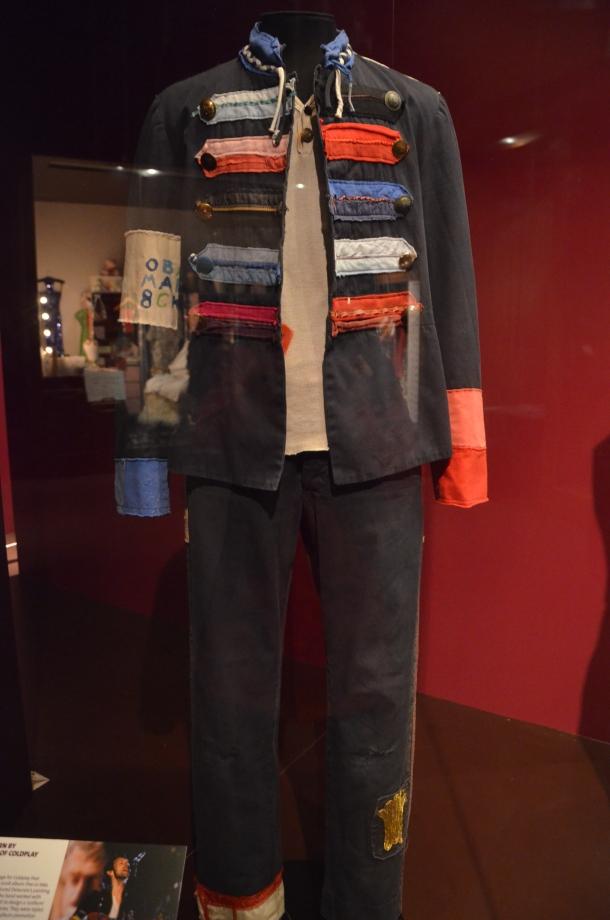 Coldplay's Chris Martin: 2008 Viva la Vida uniform (inspired by French revolutionaries)